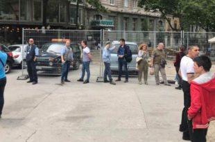 Вучићеви и Весићеви батинаши почели су на улицама да тероришу Београђане! (видео)