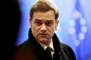 Тебе Борко већ седам година Вучић не процесуира за кривично дело ШПИЈУНАЖЕ?! 13