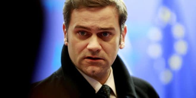 Тебе Борко већ седам година Вучић не процесуира за кривично дело ШПИЈУНАЖЕ?! 1