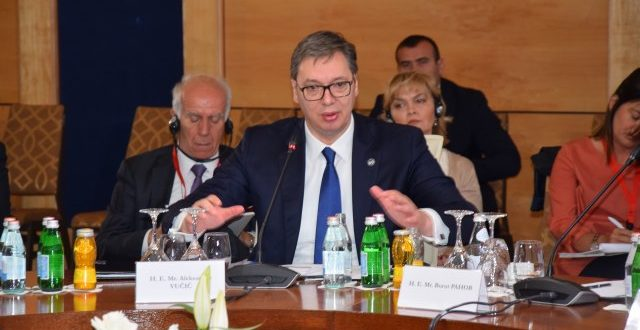 """Вучић: """"Подржавам визну либерализацију за Косово"""" 1"""