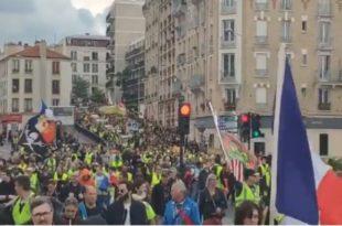 """Француска: 27 недеља протеста """"Жутих прслука"""" под тоталном медијском блокадом (видео)"""