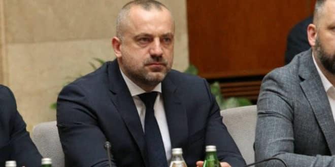 Радоичић у скупштини – ругање законима и грађанима Србије 1