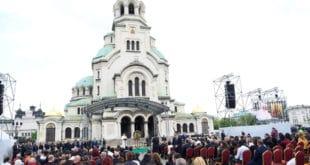 Папа позвао Бугаре да прихвате мигранте 5