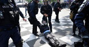 Макронов режим превентивно похапсио 165 људи, 7.500 полицајаца тукли све редом! 8