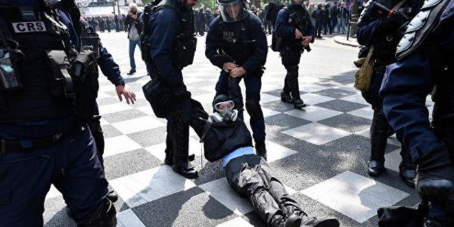 Макронов режим превентивно похапсио 165 људи, 7.500 полицајаца тукли све редом! 1