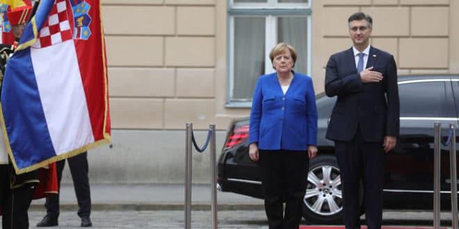 Ангела Меркел стигла у Загреб 1