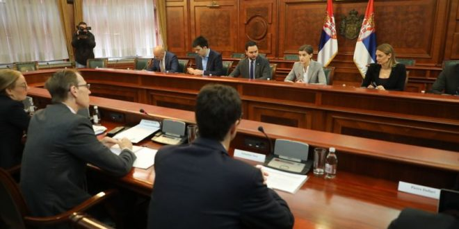 Дајте ММФ-у да води Србију, који ће нам к***ц влада кад ММФ питате и кад да идете да шорате! 1