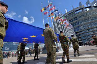 """Вашингтон упозорио ЕУ на """"економске и политичке последице"""" ако настави рад на сопственим одбрамбеним пројектима"""