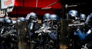 Француски режим глобалисте Макрона наставља да терорише сопствене грађане (видео) 7