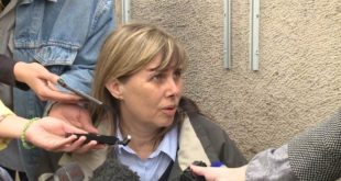 Власница Канала 9 Маја Павловић, после 19 дана штрајка глађу, примљена у РЕМ, њен захтев биће пренет Ани Брнабић 8
