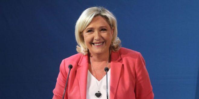 ЕУ ГЛОБАЛИСТИ У РАСУЛУ! Марин Ле Пен победила у Француској! 1