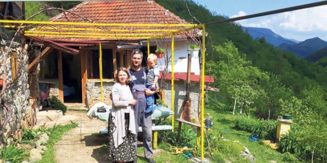 Руси подмлађују опустело српско село