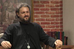 Владика Максим: Црква треба да подржи сваки праведни захтев за слободом изражавања, слободним медијима и дијалогом