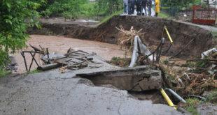 Код Краљева и даље критично због поплава 4