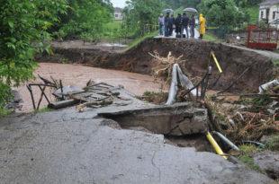 Код Краљева и даље критично због поплава