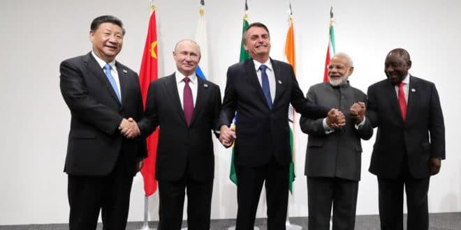 Морају се створити јасна правила за транснационалне корпорације - Путин са лидерима земаља БРИКС 1
