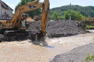 Поплава је све унаказила, ту неће моћи ништа да роди две године 12