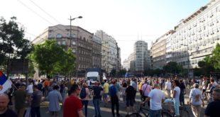 Шест месеци протеста у Београду: Иста рута, већ познате поруке и знатно мање људи 11