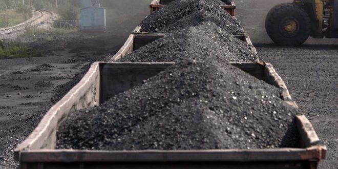 РУСИ ЗАВРНУЛИ СЛАВИНУ: Од данас Украјина без руског угља и нафте 1