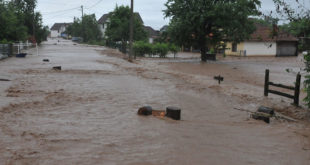 Кнић: Више од 1.200 хектара под водом, евакуисана домаћинства 8