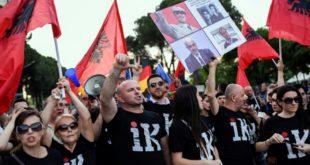 ХАОС У НАЈАВИ? У Албанији избори које опозиција бојкотује а подржвају ЕУ и САД 12