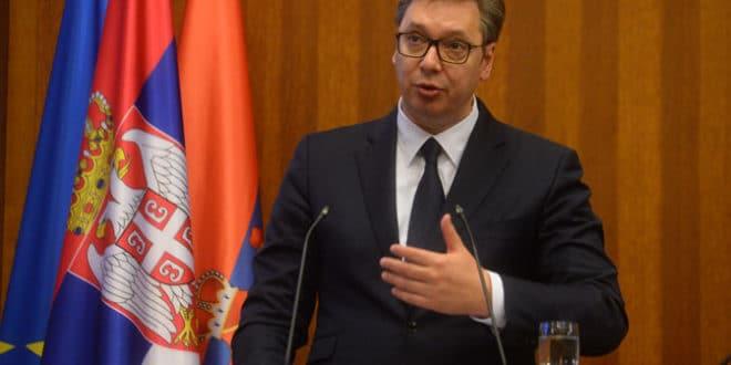 НЕСПОСОБНИ БУДАЧЕ, од Американаца да тражиш и захтеваш да поштују суверенитет Републике Србије!