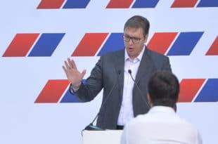 Александар Вучић: Сви кукају како је гужва у целој земљи - па гужва је зато што се боље живи и имамо више аутомобила 4