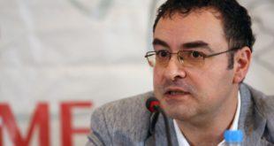 Јово Бакић: Власт у Србији повезана са мафијом, Вучић може да ради шта год жели докле год ужива подршку САД и ЕУ 8