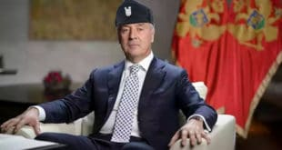 ЈОШ МУ ЦРКВА ФАЛИ: Црногорски Анте Старчевић