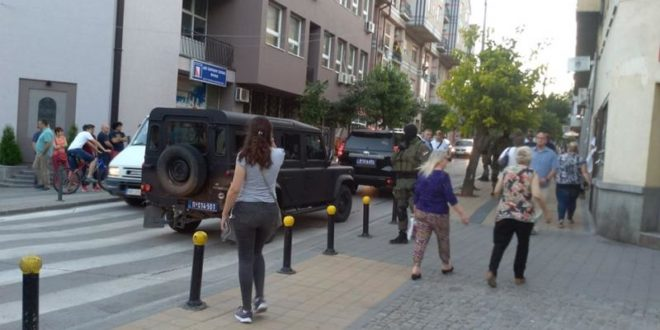 Жандармерија на два сата блокирала центар Врања 1