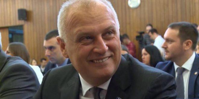 Београд: Градске власти незаконито извукле 7,9 МИЛИЈАРДИ из ГСП-а!