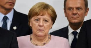Унутар партије Меркелове већ се чују захтеви да се повуче због погоршаног здравља 9