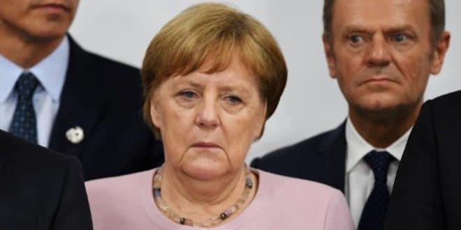 Унутар партије Меркелове већ се чују захтеви да се повуче због погоршаног здравља 1