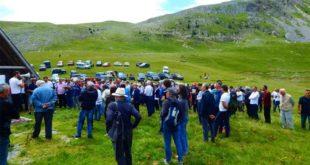 Становници Сињајевине бране своју планину и од Милове војске и од НАТО