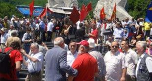 Црногорски комунисти и партизани у строју распопа Мираша 10