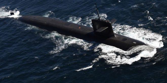 Француска поринула нову нуклеарну подморницу