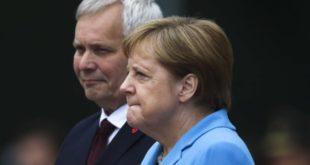 """Меркелова кад је ухвати трескавица само понавља """"успећу, успећу"""" (видео) 9"""
