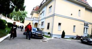 Улепшавање Вучићеве виле, само на есцајг спичили преко 95.000 евра из буџета! 8