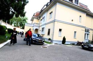 Улепшавање Вучићеве виле, само на есцајг спичили преко 95.000 евра из буџета! 1