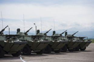 Војска Србије добила од Русије на поклон 10 оклопно-извиђачких возила БРДМ-2