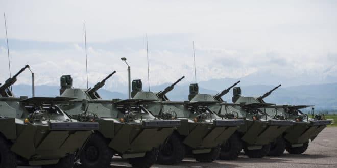 Војска Србије добила од Русије на поклон 10 оклопно-извиђачких возила БРДМ-2 1
