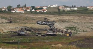 На Косову има угља за следећих двеста година. То вас изгледа не занима. 5