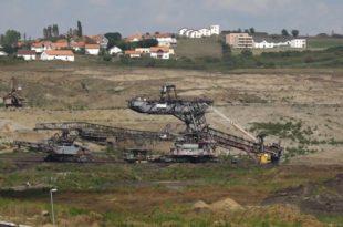 На Косову има угља за следећих двеста година. То вас изгледа не занима.