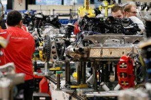 Кола кренула низбрдо: Немачка у рецесији 1