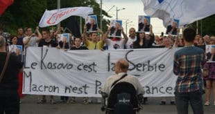 Данас у 15 часова протест на Калемегдану против посете Макрона Србији