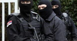 З.Б (38) из Мајданпека ударио локалног СНС функционера, ухапсила га антитерористичка јединица! 3