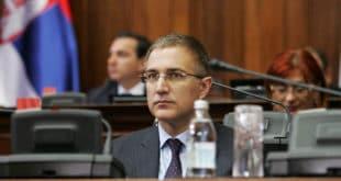 Зна ли министре та српска полиција ко је фалсификовао твоју факултетску диплому? 9