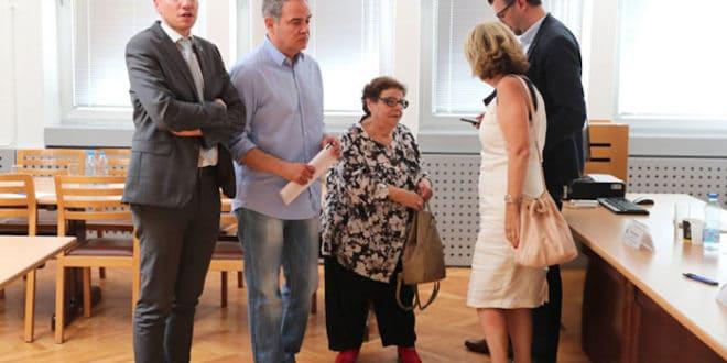 Зашто је Србији потребан општенародни бојкот избора које организују Сорош и Вучић? 1