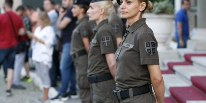 Војна хунта у сукњицама