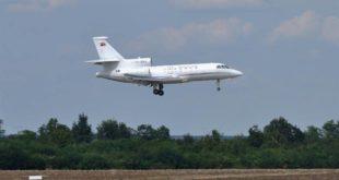 Влада Србије нема податке о летовима сопственог авиона до Скијатоса